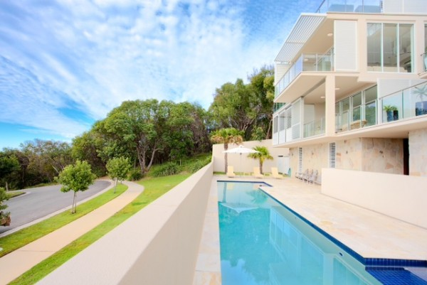 Dee's Retreat Oceanview Apartments