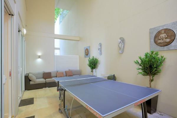 Dee's Retreat Table Tennis Table